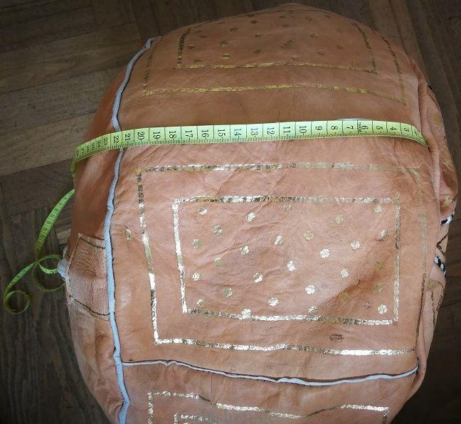 ნატურალური ტყავის პუფი, ხელნაკეთი